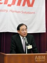 中期計画達成の意気込みを語る 鈴木社長