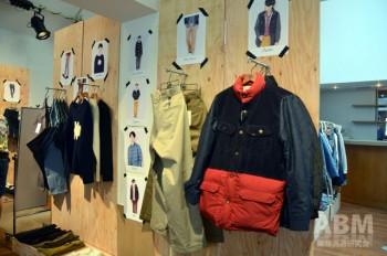 デニム、コーディロイ、ダウンの 3つの異素材をミックスした ジョイントジャケットなど、 凝ったデザインのアウターも展開