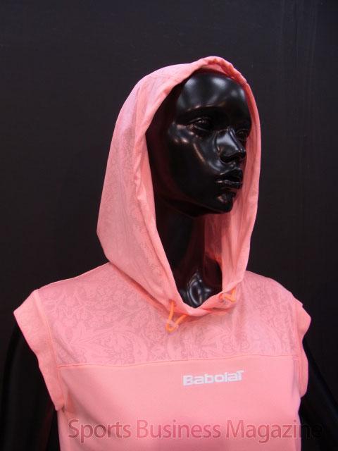 「バボラ」レディス。 カラーとデザインを重視した 「バボラ」レディス。カラーとデザインを重視した