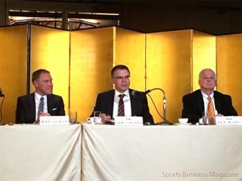 JIAM開催に合わせて開催された共同会見。 右端がSPESAのガードナー氏