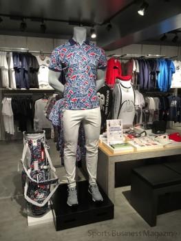 「ニューバランス大阪」2階フロア。 新商材のゴルフラインも展開する