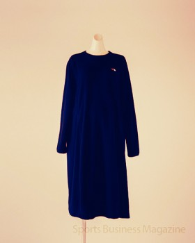 「ザ・ノース・フェイス」の 「Maternity Micro Fleece One Piece」