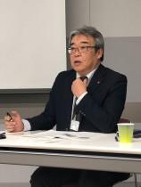 「『デサント』ブランドで 女性比率を高めたい」 と話すデサントジャパン、 丹羽智之 上席執行役員第1部門長