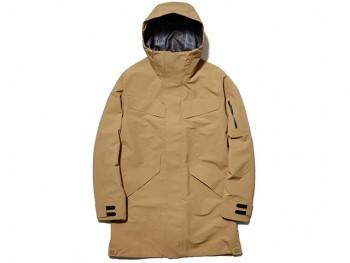 「Goldwin Harajuku」で取り扱い予定の商材、 フーデッドコート