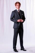 「北海道コンサドーレ札幌」の オフィシャルスーツ