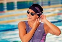 新しい機能性とデザインを持つ水泳ゴーグル 「arena UOVO」
