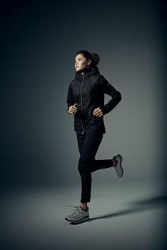 「Descente Women's Training collection」の ランニングスタイル
